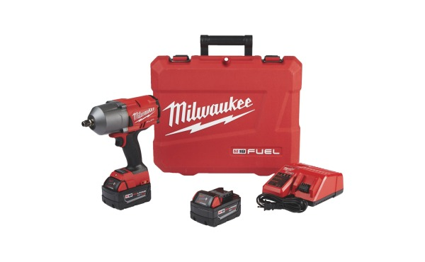 Milwaukee M18 FUEL Cordless Impact Wrench Kit